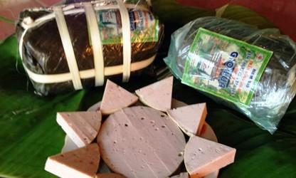 Desa Uoc Le - Desa kerajinan membuat sosis