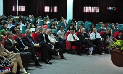 """Seminar: International, interkulturell, interdisziplinär: DAF in Zeiten der Globalisierung"""""""