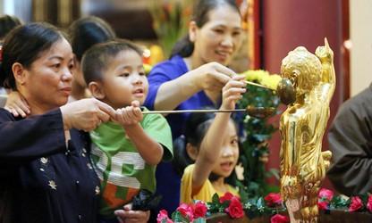 Vietnam promueve aún más la solidaridad religiosa a favor de desarrollo nacional