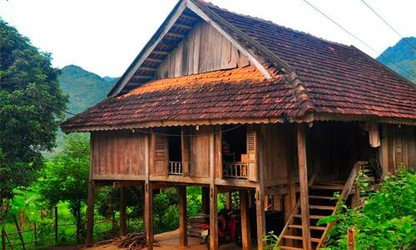 Thai stilt house culture