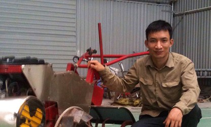 Hanoi farmer invents all-purpose farm machine
