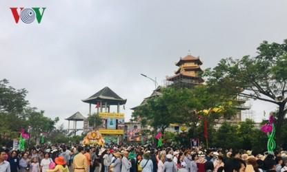 Hàng nghìn người dự Lễ hội Quán Thế Âm Đà Nẵng