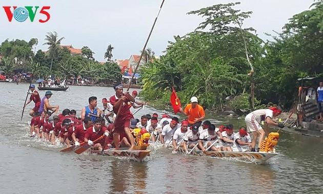 クアンニン省クアンイエン町の農耕祭り