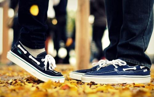 秋にちなんだ叙情的愛の歌