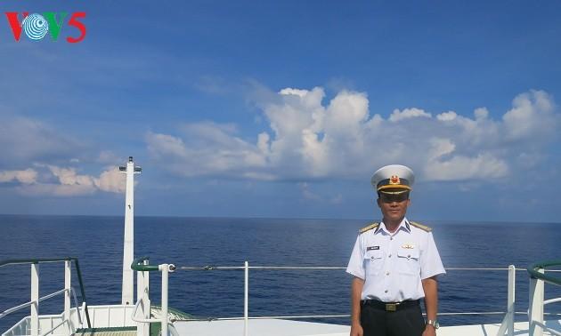 Hoang Minh Son Kepala Komandan yang terkemuka di kepulauan Truong Sa