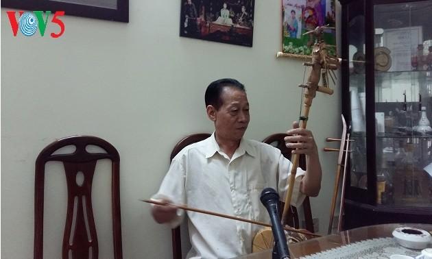 Seniman Rakyat Xuan Hoach memberikan dedikasi sepenuh hati demi permusikan rakyat