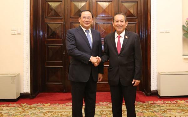 Phó Thủ tướng Thường trực Trương Hòa Bình hội đàm với Phó Thủ tướng Lào Sonexay Siphandone