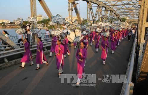 В городе Хюэ завершился Фестиваль традиционных ремесел 2017 года