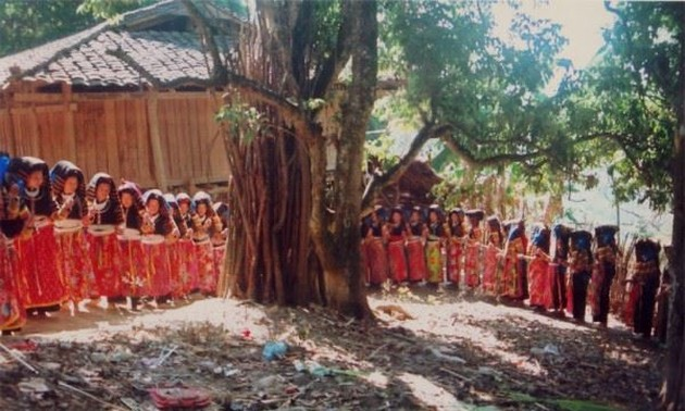 Funeral ceremony of the Lo Lo
