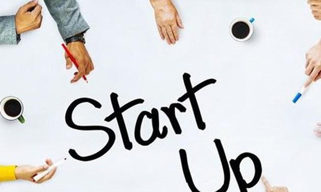 Experiencias valiosas de expertos para jóvenes emprendedores vietnamitas
