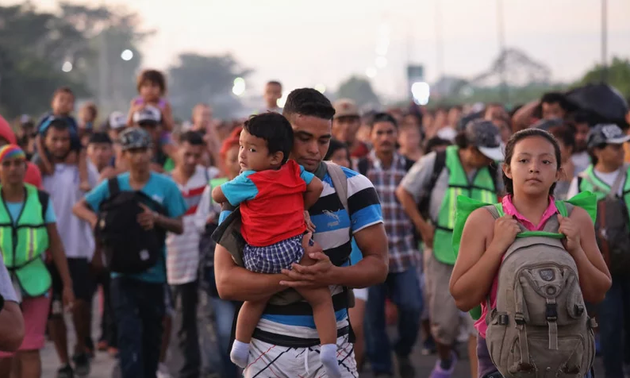Trump bans on asylum for most Central American migrants