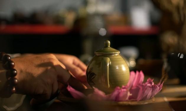 서호 연꽃차 담그기  – 하노이 사람들의 정수