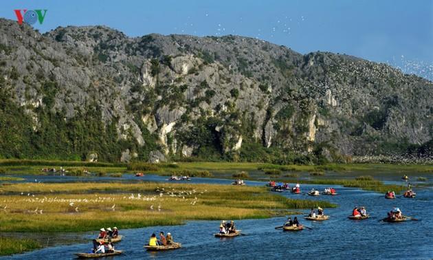 探索越南第9处国际重要湿地-云龙之美