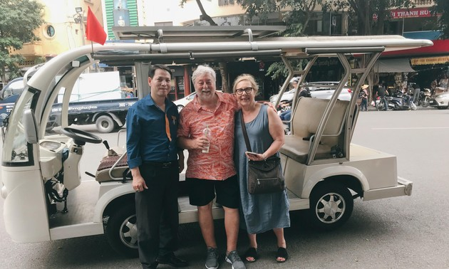 Electric car tour of Hanoi's Old Quarter