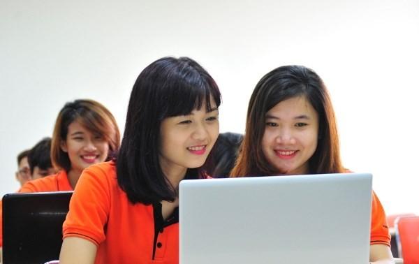 Trình độ B2 - Bài 2: Internet và công nghệ thông tin (Tiết 3)