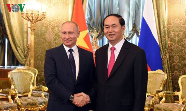 Vietnam, Russia issue joint statement on information security