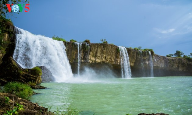 The beauty of waterfalls in Dak Lak province