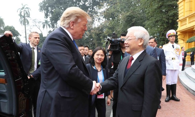 Top Vietnamese leader welcomes US President Donald Trump