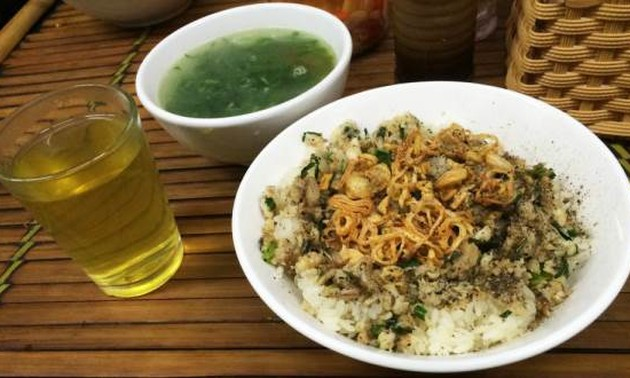 Steam sticky rice with fish