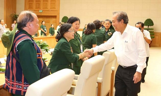 Phó Thủ tướng Trương Hòa Bình tiếp Đoàn BLL cựu cán bộ, chiến sỹ TNXP Quảng Đà