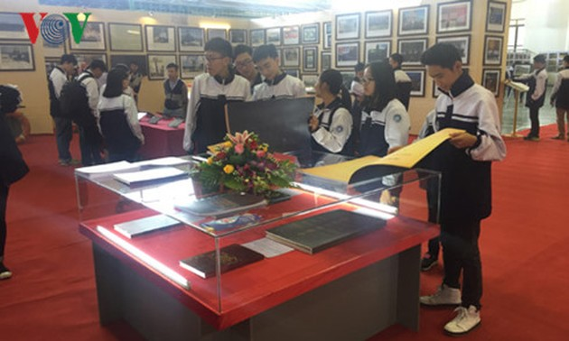 Bac Kan hosts marine sovereignty exhibition