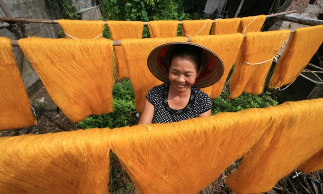 The beauty of working women in Vietnam
