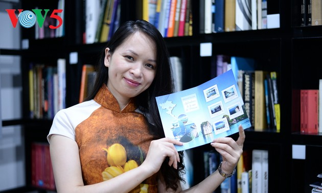 Du Thu Trang의 프랑스 땅에서의 베트남 문화 홍보 방법