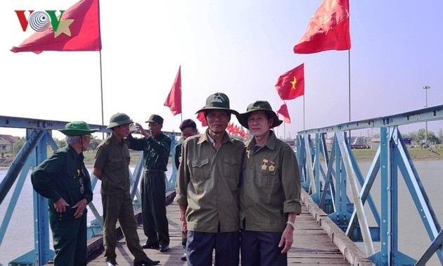 Quảng Trị (꽝치)성 전쟁 기념 투어
