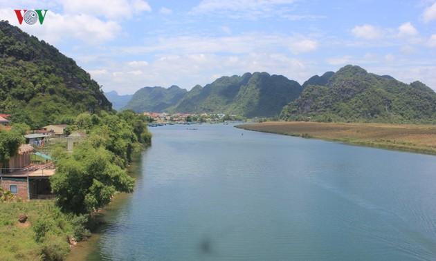 Du lịch hoài niệm trên đường Trường Sơn huyền thoại