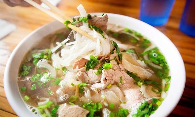 Phở D'lite - ấn tượng ẩm thực Việt ở Canada
