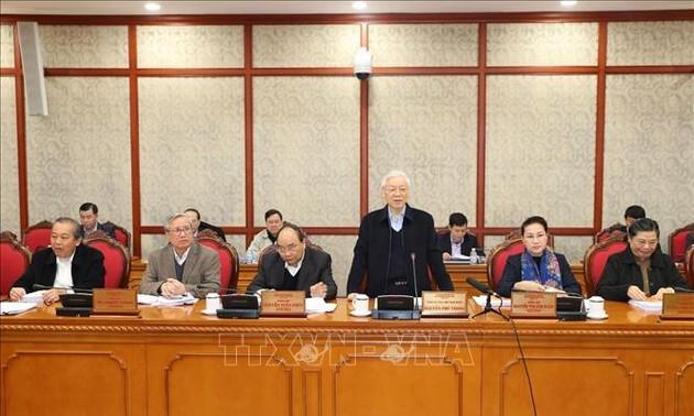 Le Bureau politique travaille avec les comités du Parti de Hai Phong et Danang