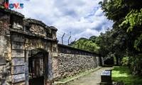 """Thăm nhà tù Sơn La - """"địa ngục trần gian"""" cảm phục sự kiên cường của chiến sĩ cách mạng"""