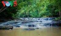 Les impressionnantes chutes d'eau de Dak Lak