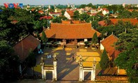10 địa điểm ấn tượng bạn nên ghé thăm mỗi khi đến Hà Nội