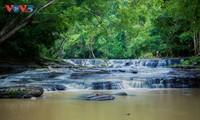 Đến Đăk Lăk ngắm nhìn những dòng thác thơ mộng