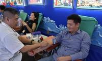 """Đoàn viên, thanh niên VOV với chương trình """" Hiến máu bắt đầu từ tuổi trẻ"""""""
