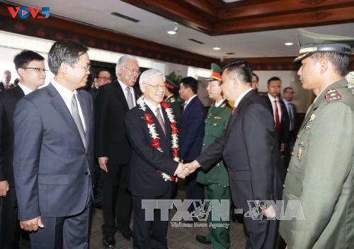 Sekjen KS PKV Nguyen Phu Trong memulai kunjungan resmi di Indonesia - ảnh 5