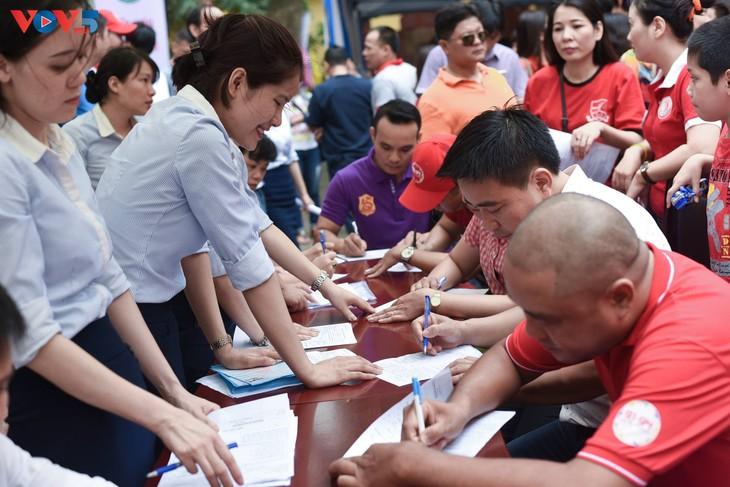 Người Hà Nội sinh năm 1976 rủ nhau đi hiến máu - ảnh 6