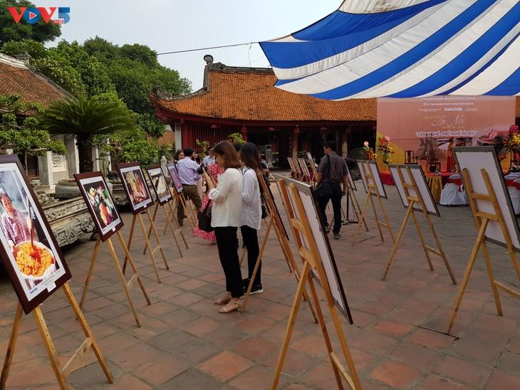 庆祝10·10河内解放的一系列文化活动在河内举行 - ảnh 1