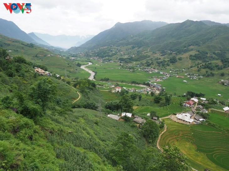 Ta Van: une petite ville dans le village - ảnh 1