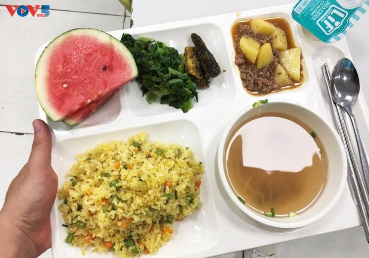 Repas du midi chez Samsung Bac Ninh - ảnh 7