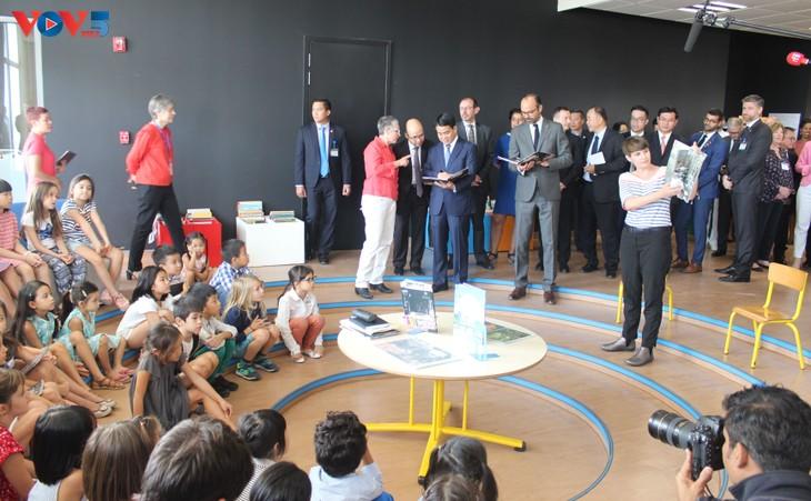 Édouard Philippe inaugure le nouveau bâtiment du Lycée français Alexandre Yersin - ảnh 3
