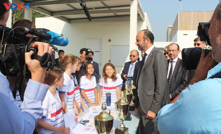 Édouard Philippe inaugure le nouveau bâtiment du Lycée français Alexandre Yersin - ảnh 4