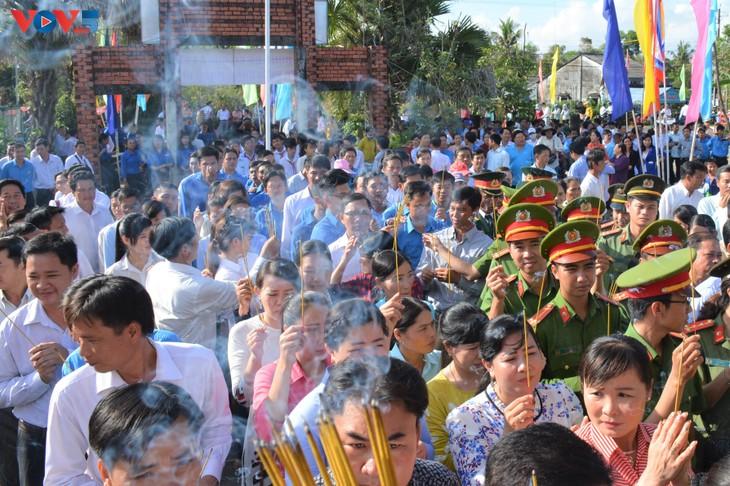 Lễ dâng hương tưởng niệm các Vua Hùng tại các địa phương trong cả nước - ảnh 10