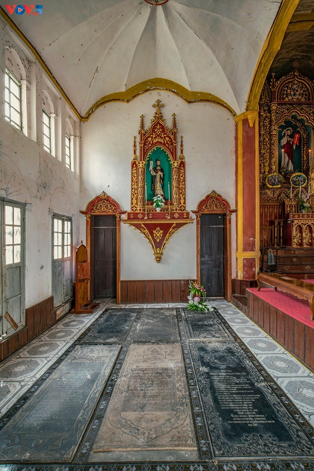 Vẻ đẹp độc đáo của nhà thờ Bùi Chu - ảnh 9