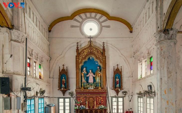 Vẻ đẹp độc đáo của nhà thờ Bùi Chu - ảnh 12