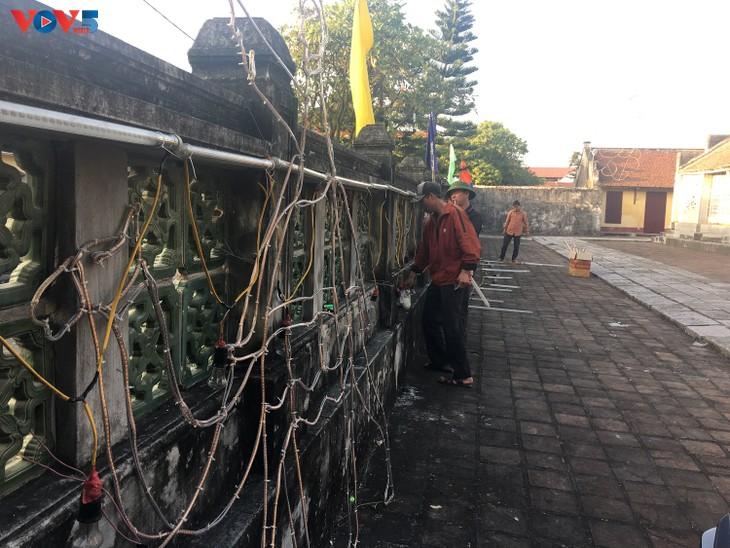 Không khí Giáng sinh tràn ngập tại nhà thờ đá Phát Diệm - ảnh 9