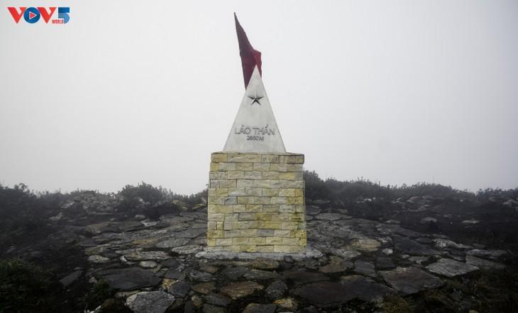 Lảo Thẩn, ngọn núi mang vẻ đẹp lãng du - ảnh 23
