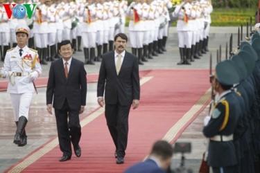 サン主席、ハンガリー大統領と会...