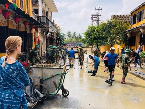 Vietnamese youth active in volunteer activities